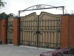 Кованые изделия Киев, ворота, калитки, забор из профнастила