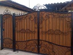 Кованые ворота (калитка внутри)