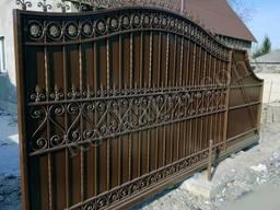 Кованые ворота (откатные, распашные, с автоматикой, с профлистом)