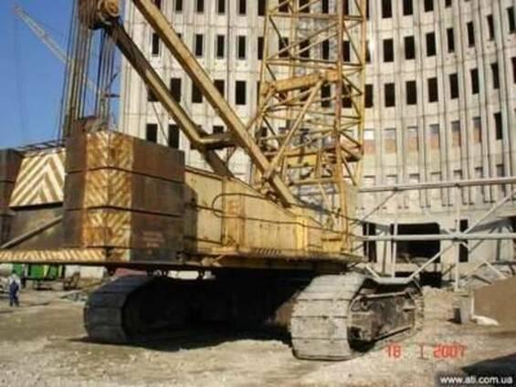 Кран гусеничный МКГС – 100, 90 г. в., 6000 м/ч. Кран башенны