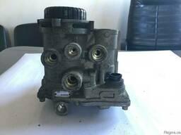 Кран, клапан управления тормозами прицепа б/у euro3...