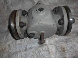 Кран пробковый проходной сальниковый с паровым обогревом 11с7бк Ду50