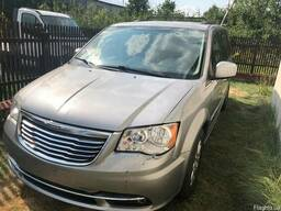 Крайслер/Chrysler Town & Country from USA, 3. 6 Full