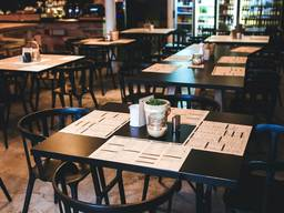 Кресла деревянные для кафе, ресторана, бара