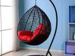 Купити підвісне садове крісло кокон куля з ротанга для дачі