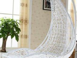 Садовий лежак підвісний з ротанга для вулиці плетений
