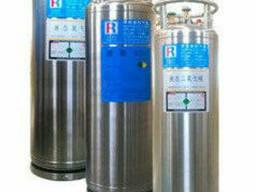 Криоцилиндр на 200 литров для хранения жидкого кислорода. ..
