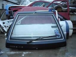 Кришка багажника Mazda 323 BF хетчбек ( 1985-1989г) .