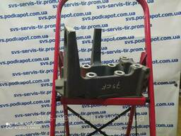Кронштейн амортизатора кабины (бампера) правый DAF. ..
