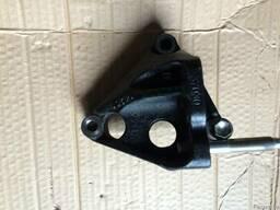 Кронштейн двигателя 12315-37030 на Toyota Rav 4 05-13 (Тойот