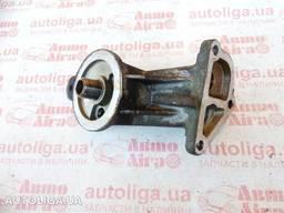 Кронштейн масляного фильтра FORD Fiesta MK6 02-08 бу
