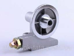 Кронштейн масляного фильтра с клапаном КМ385ВТ (DongFeng. ..