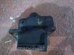 Кронштейн ресори ГАЗ 53 3307 3309 передній правий 52-290244