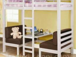 Кровать-чердак из массива