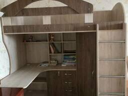 Кровать-чердак с рабочей зоной и угловым шкафом (к10-2. ..