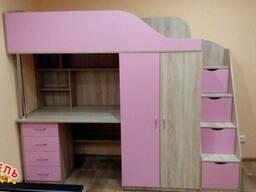 Кровать-чердак с рабочей зоной, шкафом и. . .
