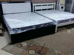 Кровать двухспальная с подъемным механизмом из ольхи