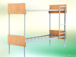 Кровать металлическая двухъярусная с быльцами ДСП и лестнице