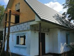 Кровля крыш, монтаж ангаров а так же строительные работы.