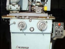 Кругло-шлифовальный универсальный особо высокой точности станок 3У10А.
