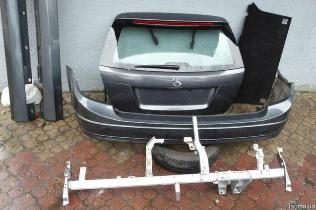 Крышка багажника фонари бампер Mercedes C W204 kombi
