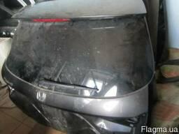 Крышка багажника на Honda Accord 2008-2009 года
