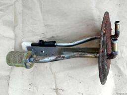 Крышка бензонасоса MR512457 на Mitsubishi Pajero Wagon 3 00-