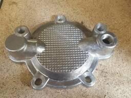 Крышка теплообменника 31-1102 (Дон, СМД-31) левая с отверсти
