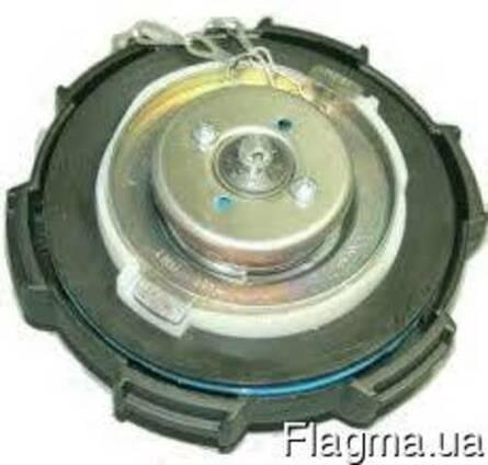 Крышка топливного бака Рено Мидлум с ключом. Новая.5010505905