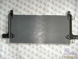 KTT110330 Радиатор кондиционера MAN