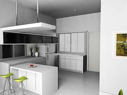 Кухня под заказ белая с витриной