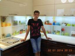"""Кухонный фартук (Скинали) с фотопечатью""""Модная посуда"""""""