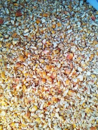 Купим отходы кукурузы, ячменя, семечки, сои, и т. д.
