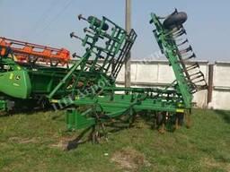 Культиватор сплошной обработки почвы John Deere 960