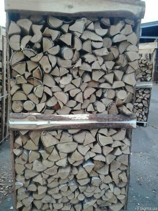 Куплю дрова колотые дуб, ясень в ящиках