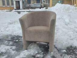 Куплю кресла для кафе бу, скупка мягкой мебели для ресторана