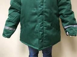 Куртка рабочая зимняя, цвет зеленый с свп полосами