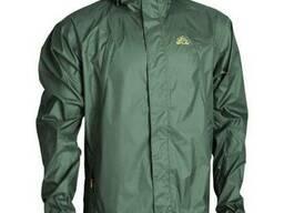 Курточка-ветровка - надежная защита от дождя и ветра.