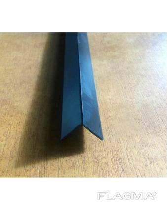 Куточок алюмінієвий чорний 10*10*1 мм RAL 9005 мат
