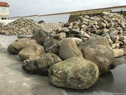 Ландшафтный камень. Валун