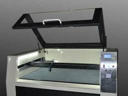 Лазерный станок (Лазерный гравер)