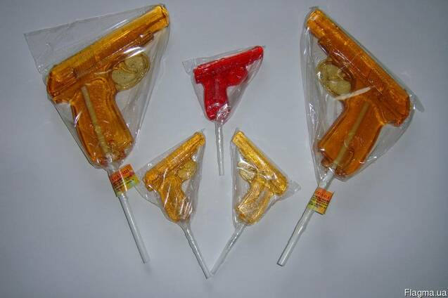 Леденцы фигурные на палочке (пистолеты большие и маленькие)