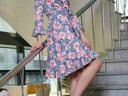 Легкое принтовое воздушное женское платье с рукавом. ..