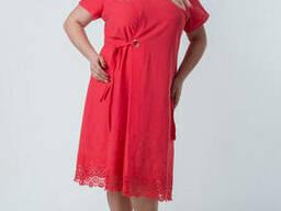 Легкое Женское платье с кружевом и вырезах на плечиках. ..