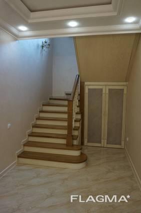 Лестница для дома на заказ Киев и область