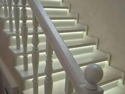 Лестница из дерева, лестница деревянная , ступени, перила