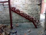 Лестница для дома дачи котеджа на металлокаркасе - фото 5
