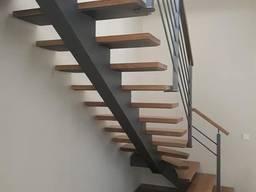 Лестница для дома дачи котеджа на металлокаркасе
