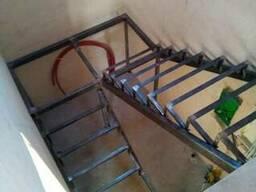 Лестницы из металла. Металлокаркасы, конструкции, ковка и др