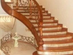 Лестницы из натурального дерева